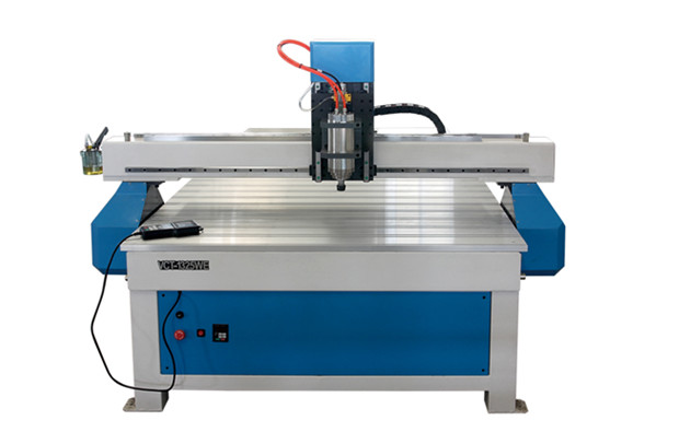 How Does The CNC Router Differ From a Handheld Router?